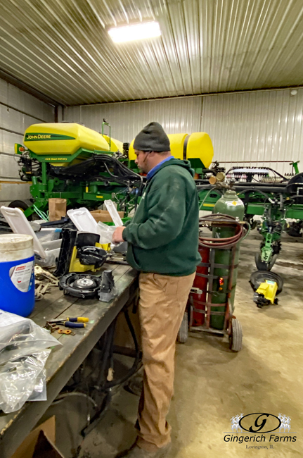Seed Meter - Gingerich Farms