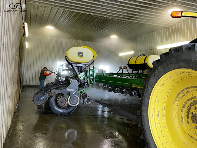 Washing John Deere striptill - Gingerich Farms