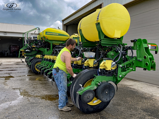 Cleaning planter - Gingerich Farms
