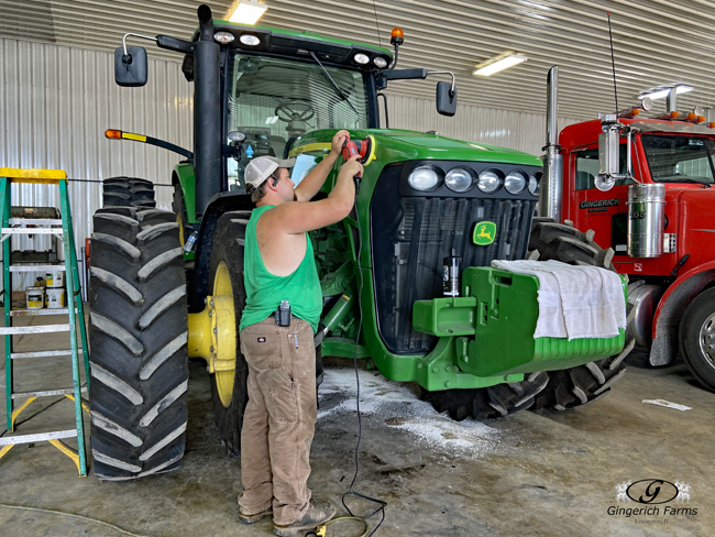 Tri-coating tractor - Gingerich Farms