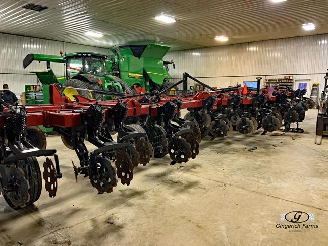 Strip-till maintenance - Gingerich Farms