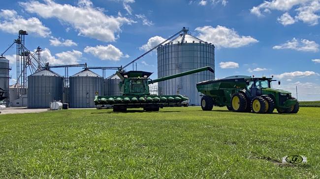 Combine & Auger cart- Gingerich Farms