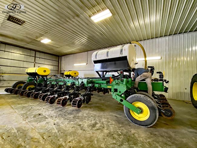 Tank on warmer - Gingerich Farms