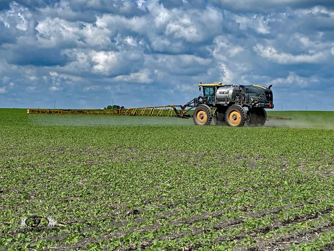 Sprayer - Gingerich Farms